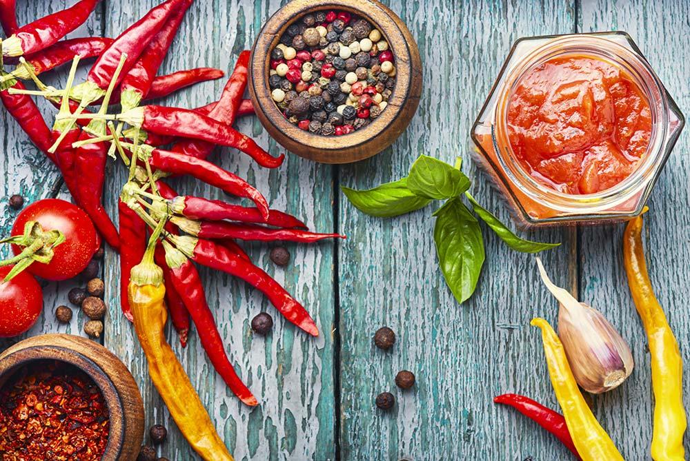 Des apéritifs basques hauts en couleurpour cet été 2020 avec BAÏONADE